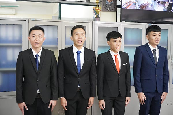 thuc-tap-sinh-chao-xuat-canh-thang-01-2020-3